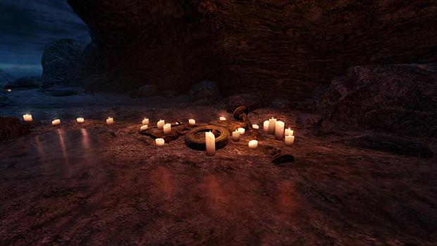 La spiaggia dell'isola è disseminata di candele e rottami