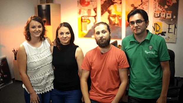 Quattro dei sei ragazzi del team. Da sinistra: Anca, Nicoleta, Cristian e Andrei.