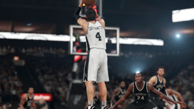 Triple che volano per Castagnetti agli Spurs.