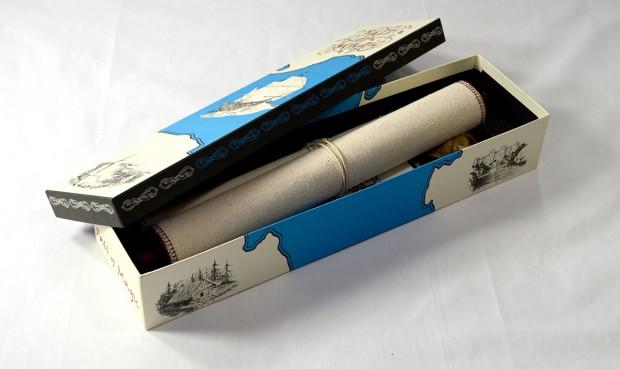 La scatola contenente i materiali di gioco