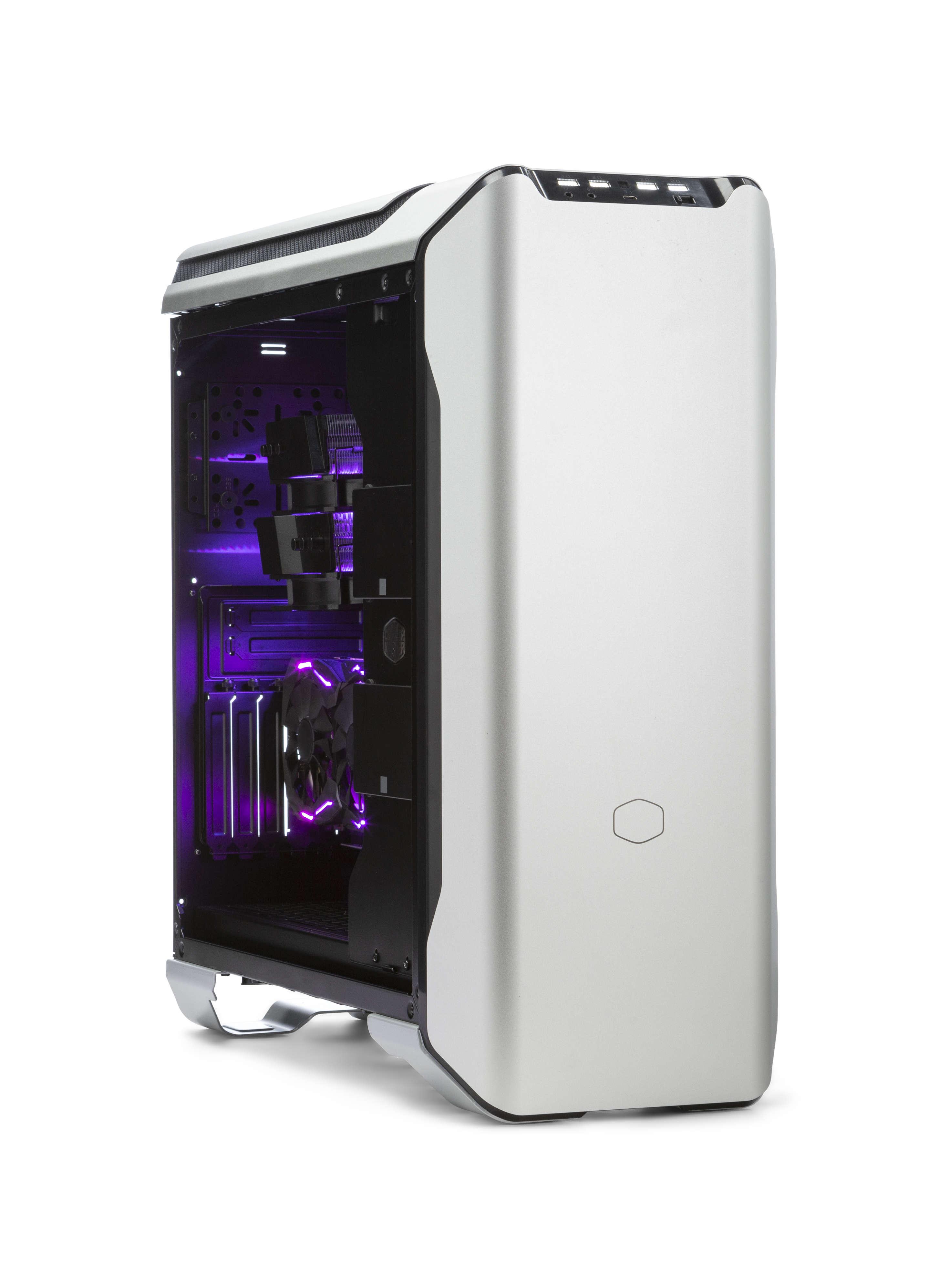 Case Coolermaster SL600M ripreso frontalmente