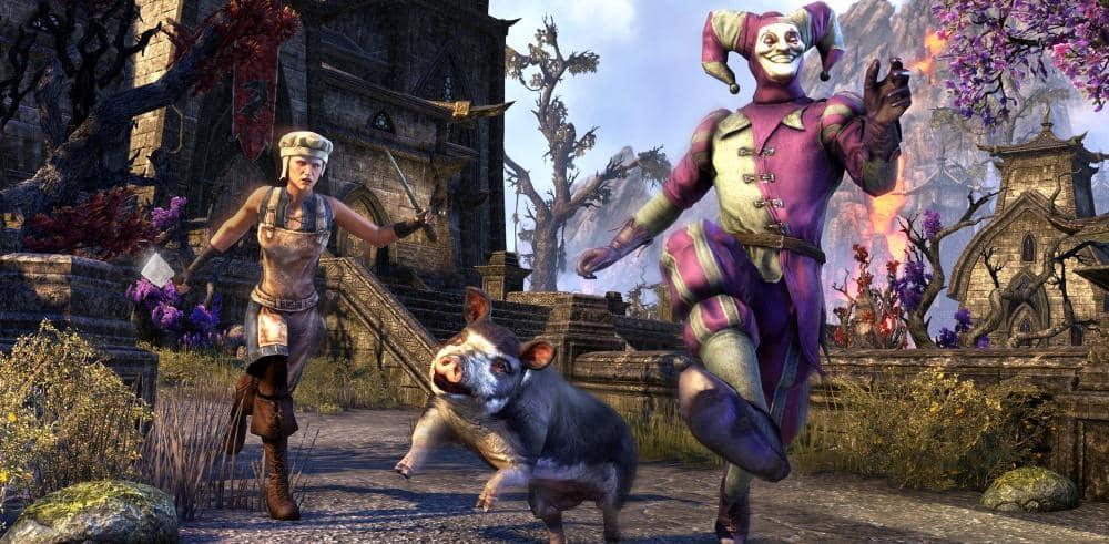 Un giullare con il Sovereign Sow pet durante il Jester's Festival