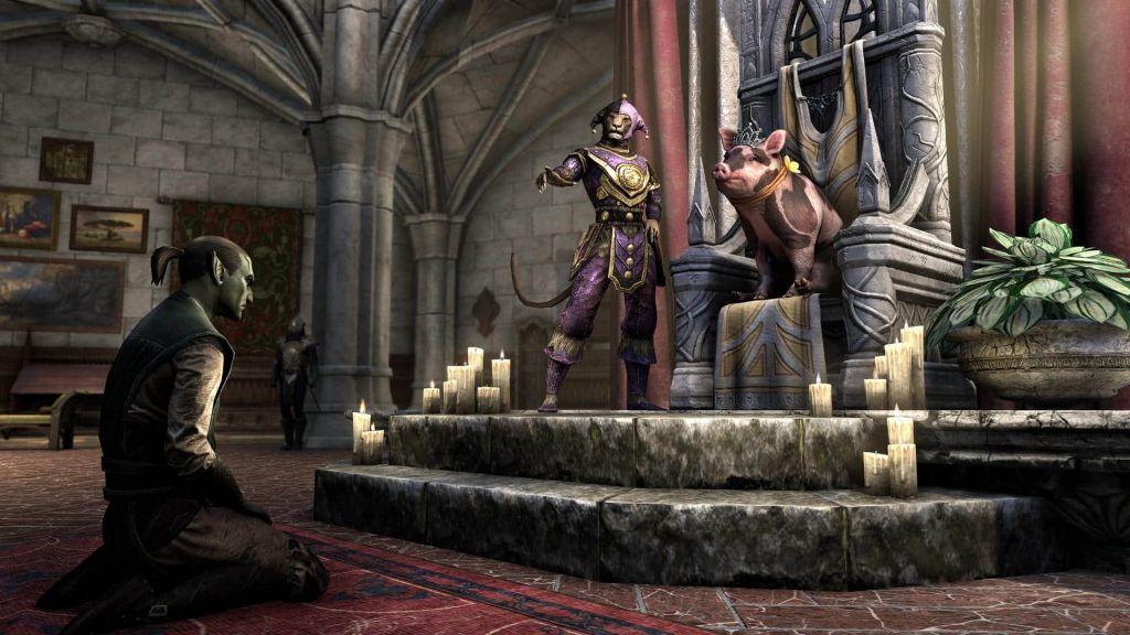 Il Sovereign Sow pet giudica un elfo durante il Jester's Festival